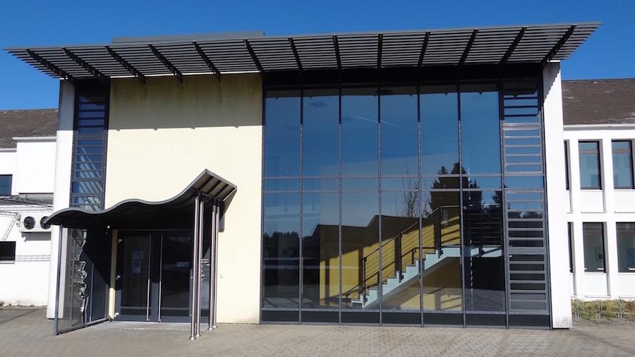Shared-office-coworking-Hahn-Flughafen-Frankfurt-Hahn-Airport-(HHN)-41-1