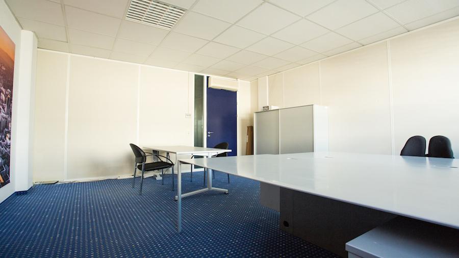 shared-coworking-office-kurhessenstrasse-frankfurt-walldorf-2-de64546008